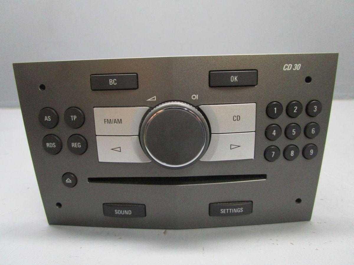 cd radio autoradio cd 30 13251052 opel zafira b 1 6 ebay. Black Bedroom Furniture Sets. Home Design Ideas