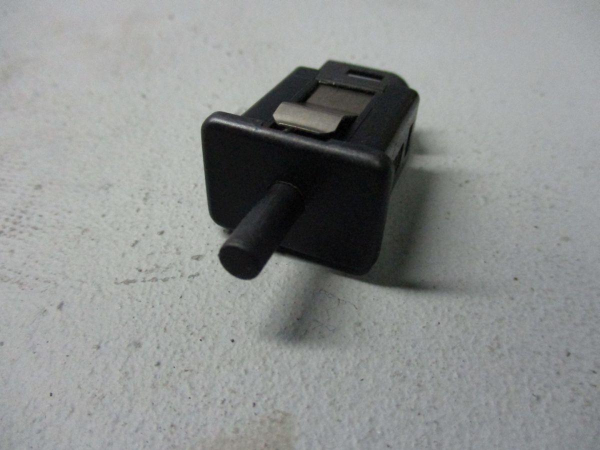 Schalter Handschuhfach Licht Kontaktschalter 1388277 BMW 3 COMPACT ...
