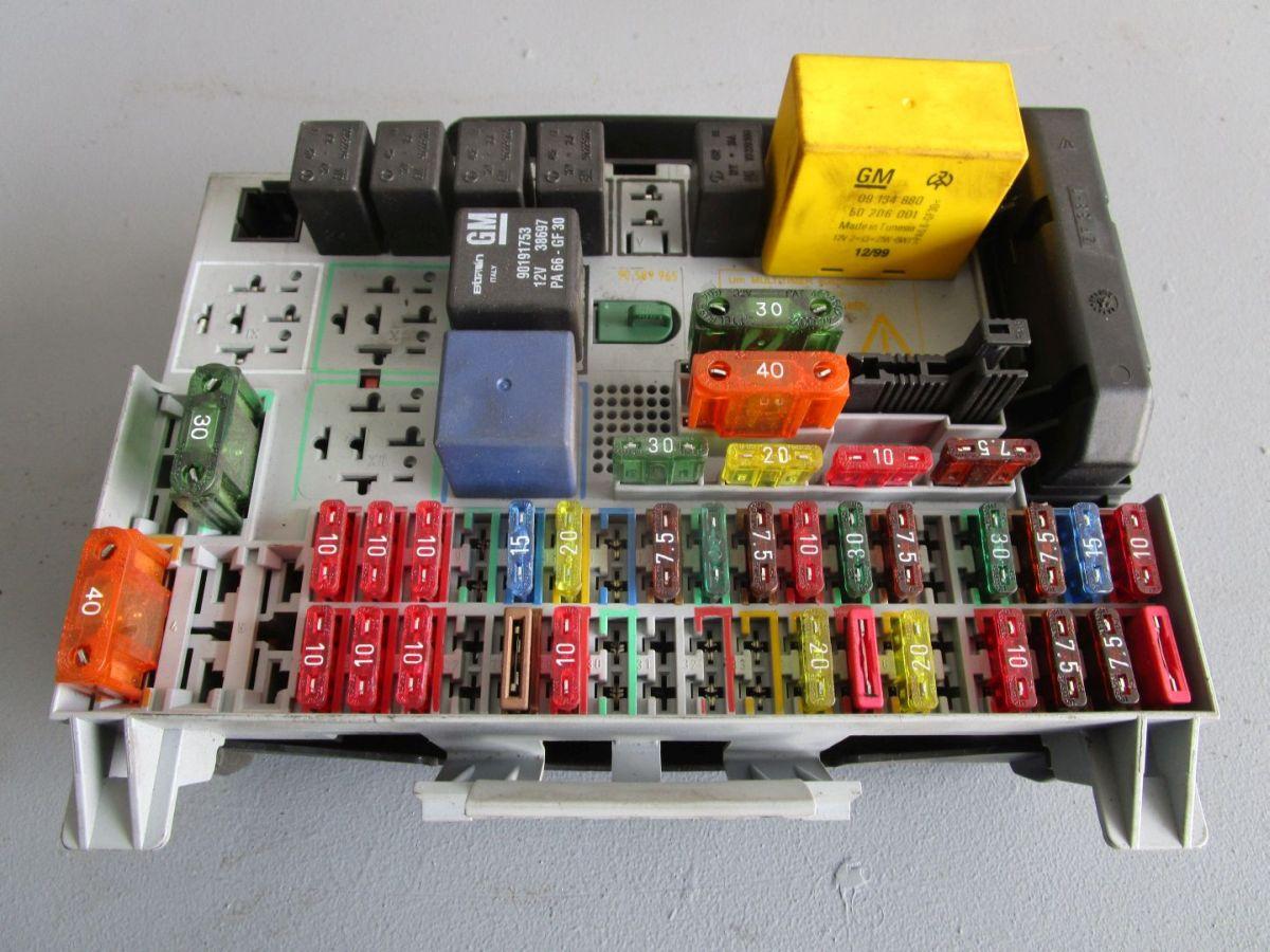 Astra 1 6 Fuse Box Wiring Diagram Will Be A Thing Opel 99 Sicherungskasten 90589965 G Caravan F35 J 16 Turbo Vauxhall Problems