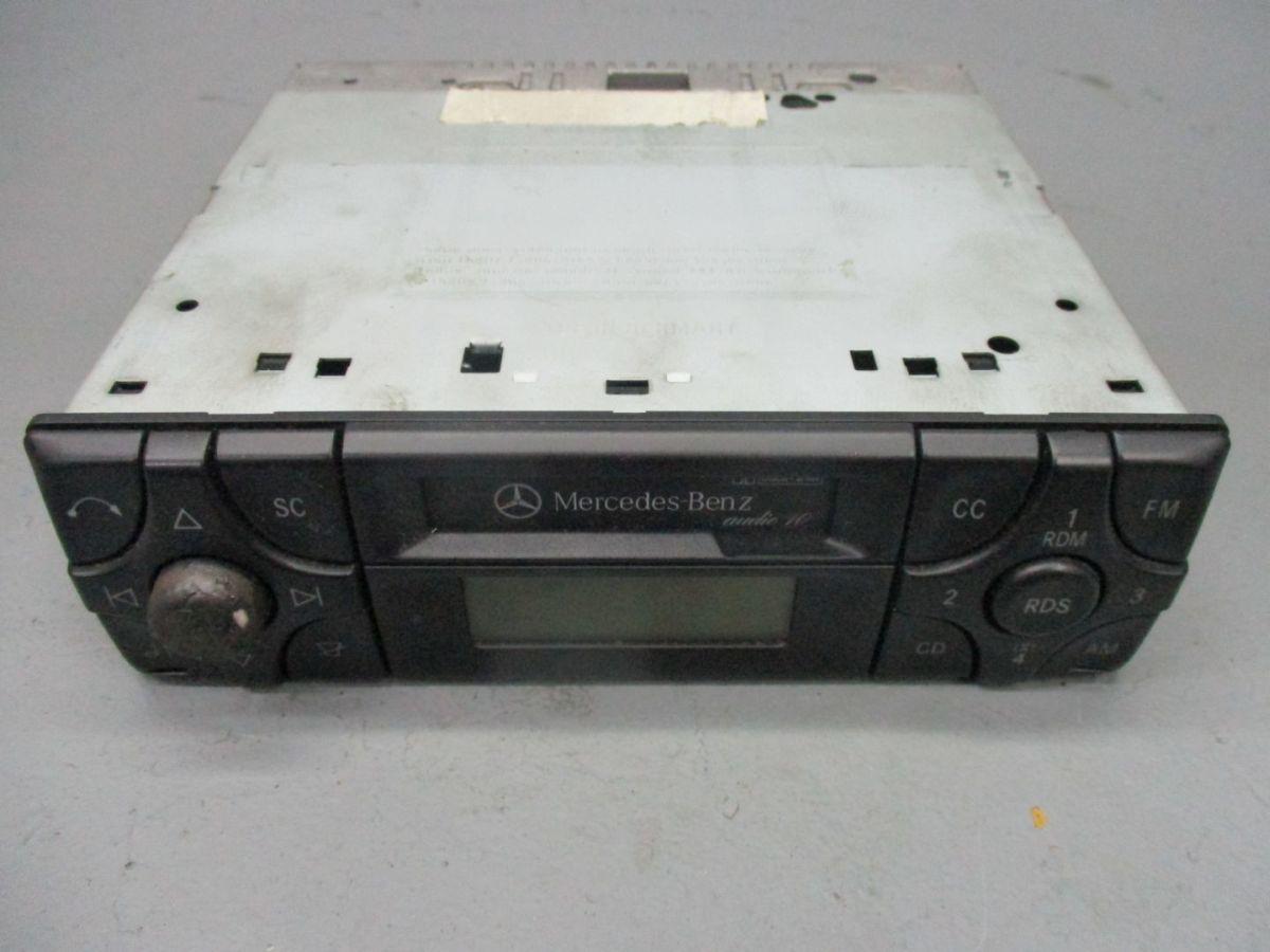 Cassetten Radio Autoradio A2108200986 MERCEDES-BENZ M-KLASSE (W163 ...