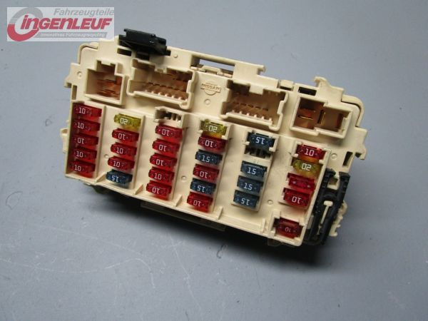 39652_1 fuse box relay nissan x trail (t30) 2 2 dci 4x4 ebay nissan x trail t30 fuse box diagram at readyjetset.co