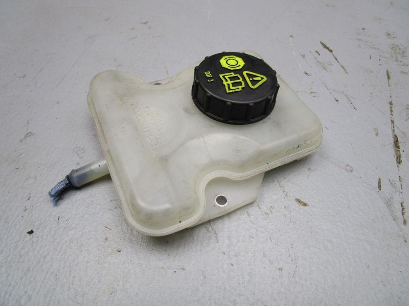 Behälter Bremsflüssigkeit MAZDA 5 (CR19) 2.0 CD