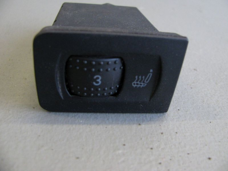 Schalter Sitzheizung VW BORA KOMBI (1J6) 1.9 TDI