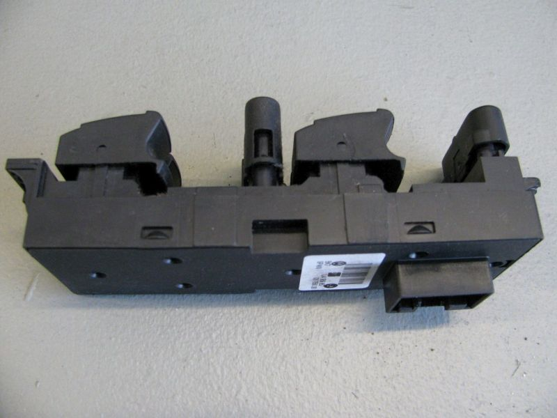 Schalter Fensterheber links vorn KombischalterVW BORA KOMBI (1J6) 1.9 TDI