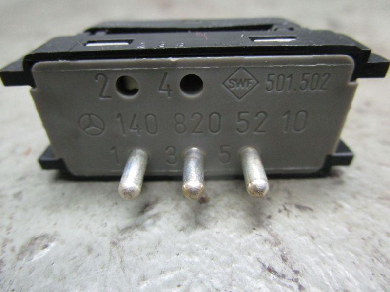 Schalter Kopfstützenverstellung MERCEDES C-KLASSE (W202) C 280