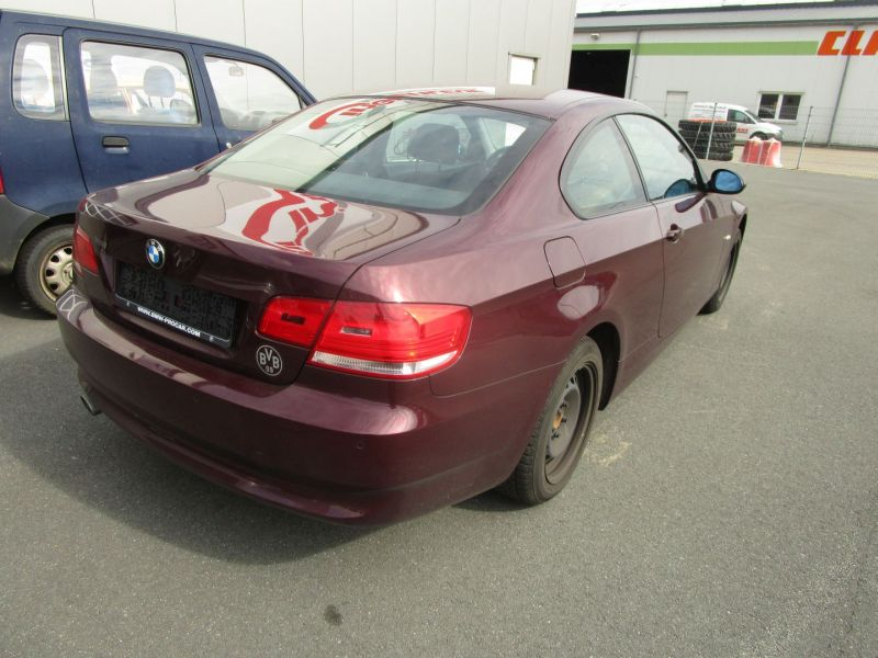 BMW 3 COUPE (E92) 320D