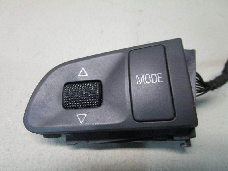 Lenkrad MultifunktionstasteAUDI A6 AVANT (4F5, C6) 04-08
